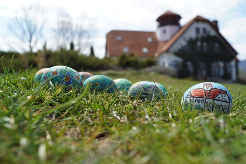 Mobiler miniatura plus oua din lemn pictate de mana zona Rimetea-12