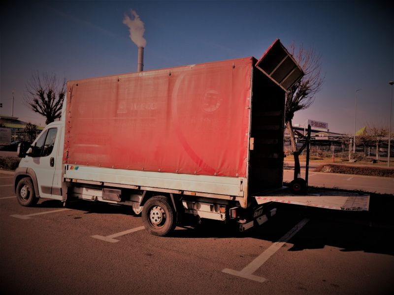Mutam orice, transport cu duba sau camion cu lift si rampa 150-200 lei-2