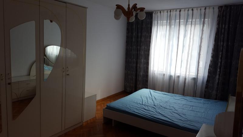 Ofer spre inchiriere apartament 3 camere, zona Obor/ Mosilor-3
