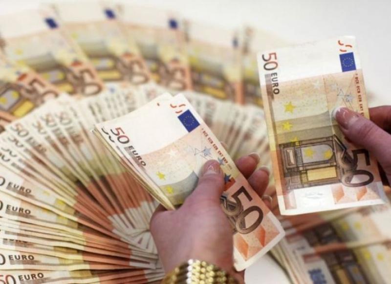 Oferta de împrumut și finanțarea între partenerul cinstit-1