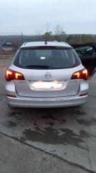 Opel Astra / 4999  €