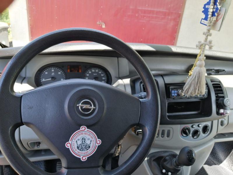 Opel Vivaro 2009-4