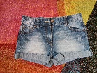 pantaloni scurti 11-12 ani