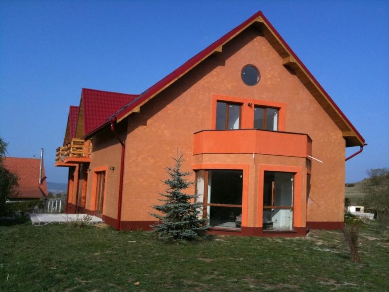 Pensiune noua cu priveliste superba la 12 km de Sibiu-3