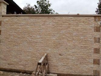 Piatra naturala pentru placari fatade, socluri si garduri