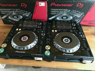 Pioneer DJ CDJ-2000NXS2 Professional Multi Player €900