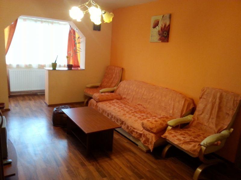 Proprietar, vand apartament 3 camere, decomandat, zona Lipovei-2
