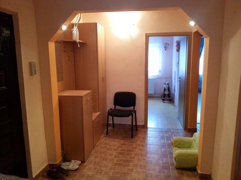 Proprietar, vand apartament 3 camere, decomandat, zona Lipovei-3