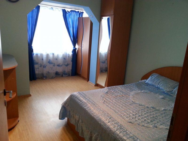 Proprietar, vand apartament 3 camere, decomandat, zona Lipovei-5