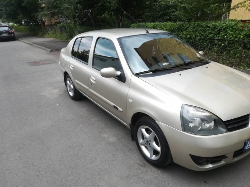 Renault symbol -3