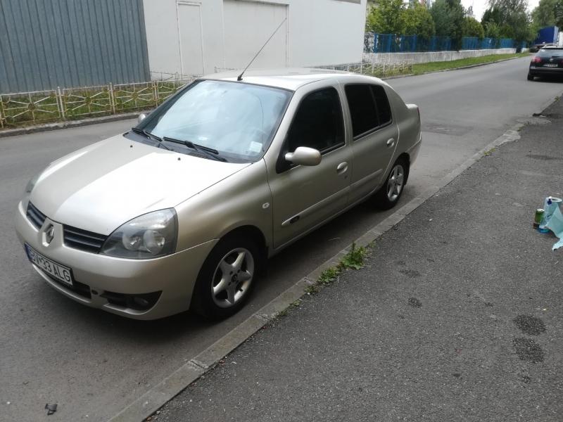 Renault symbol -5