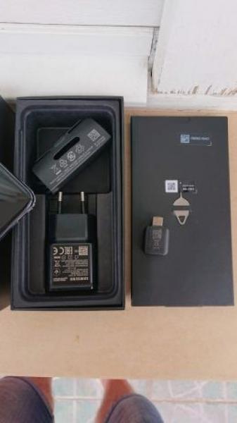 Samsung S10e-1
