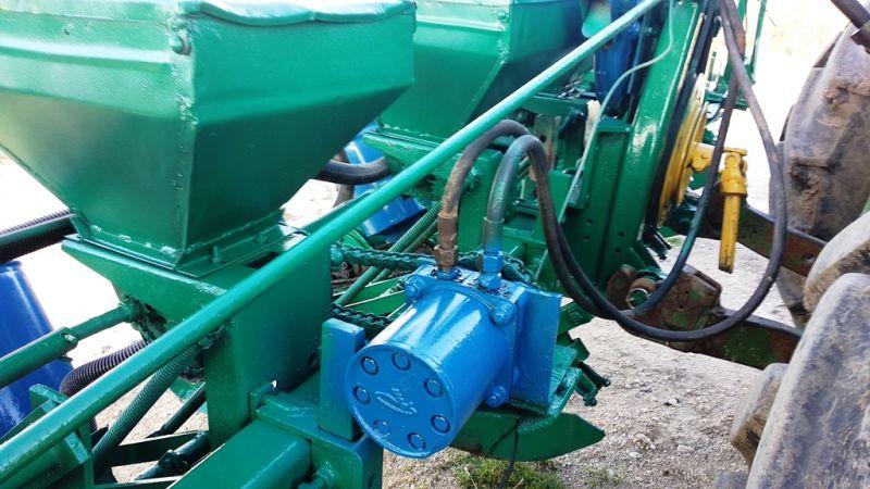 Semanatoare SPC 6 cu motor hidraulic-3