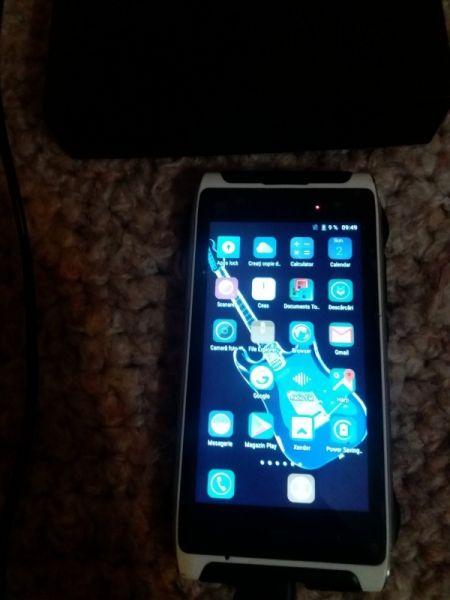 Smartphone  HOMTOM-2