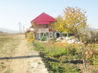 Teren de vanzare 3500 mp in Petresti la drumul principal judetul Alba