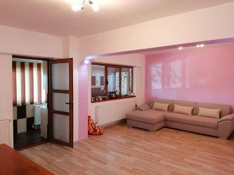 Vand apartament 3 camere, 83 mp, decomandat