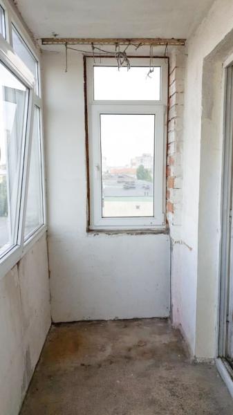 Vand apartament 3 camere - Craiovita Noua-3
