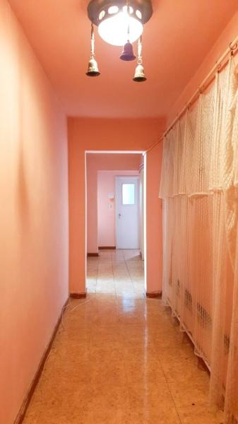 Vand apartament 3 camere - Craiovita Noua-7