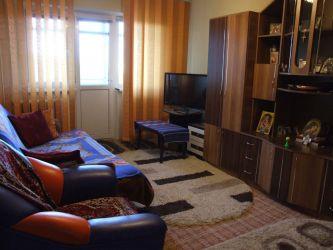 Vand apartament 3 camere frumos amenajat