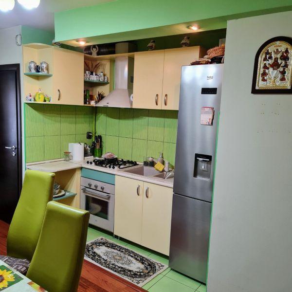 Vand apartament 3 camere,Marasti zona I, str. Ciocarliei-2