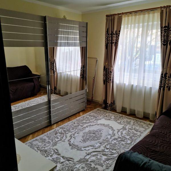 Vand apartament 3 camere,Marasti zona I, str. Ciocarliei-6
