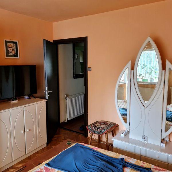 Vand apartament 3 camere,Marasti zona I, str. Ciocarliei-10