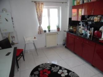 Vand Apartament 4 camere in Deva