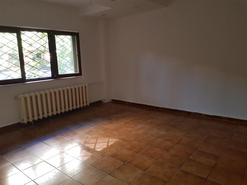 Vand apartament 4 camere pe strada Anastasie Panu, zona Timpuri Noi.-1