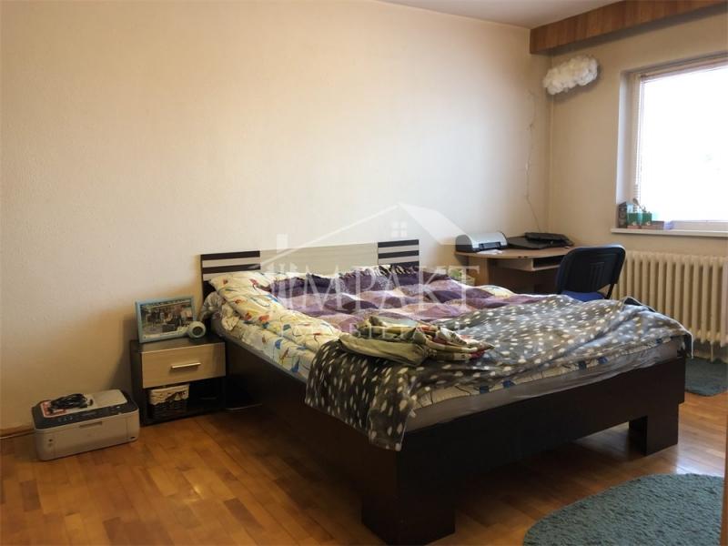 Vand apartament cu 2 camere decomandate in Marasti-1