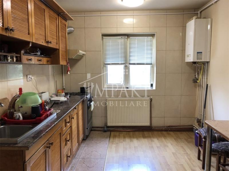 Vand apartament cu 2 camere decomandate in Marasti-3