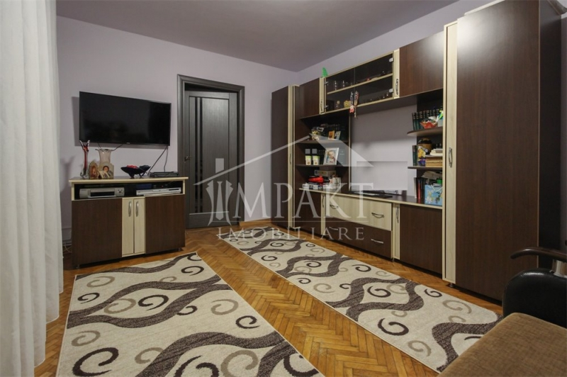 Vand apartament cu 2 camere finisat si mobilat in Gheorgheni-2