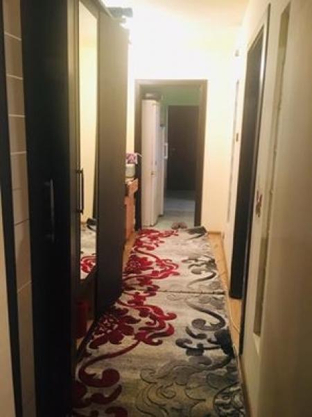 Vand apartament decomandat confort 1 sporit 2camera-3