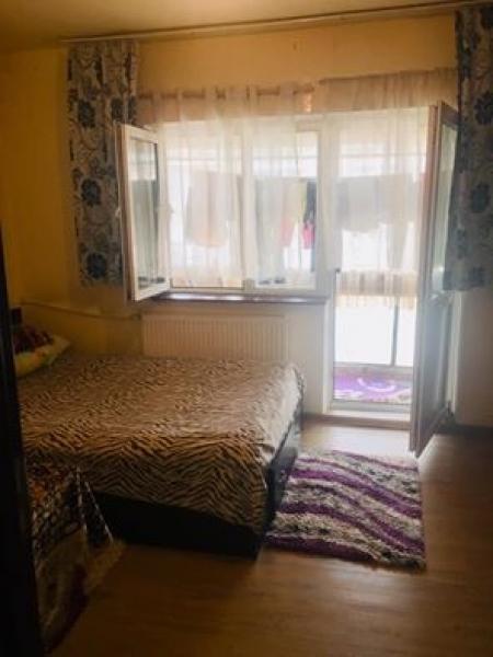 Vand apartament decomandat confort 1 sporit 2camera-6