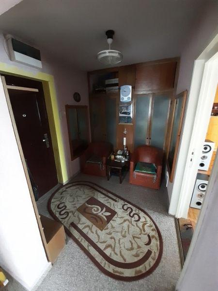 Vând apartament in Bacau-1