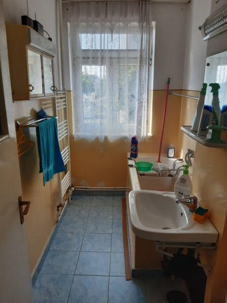 Vând apartament in Bacau-3