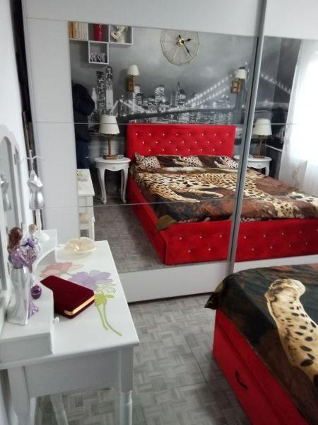 Vând apartament zona Lipovei-1