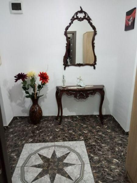 Vând apartament zona Lipovei-5