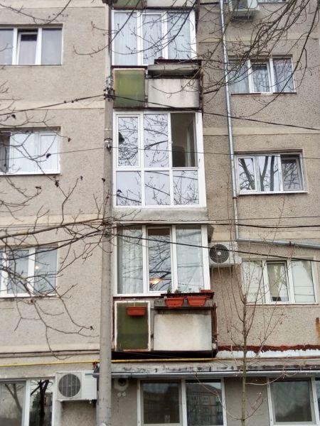 Vând apartament zona Lipovei-10