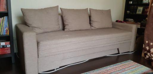 Vand canapea extensibila stare excelenta