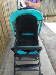 Vand carucior bebe, scaun masa bebe , marsupiu bebe, scaun