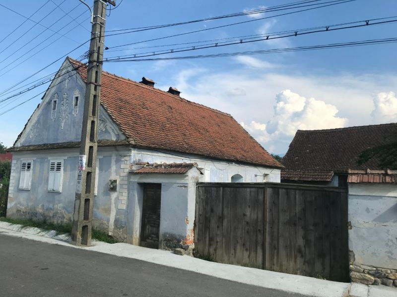 Vand casa cu gradina in Porumbacu de Jos , Jud. Sibiu. -1