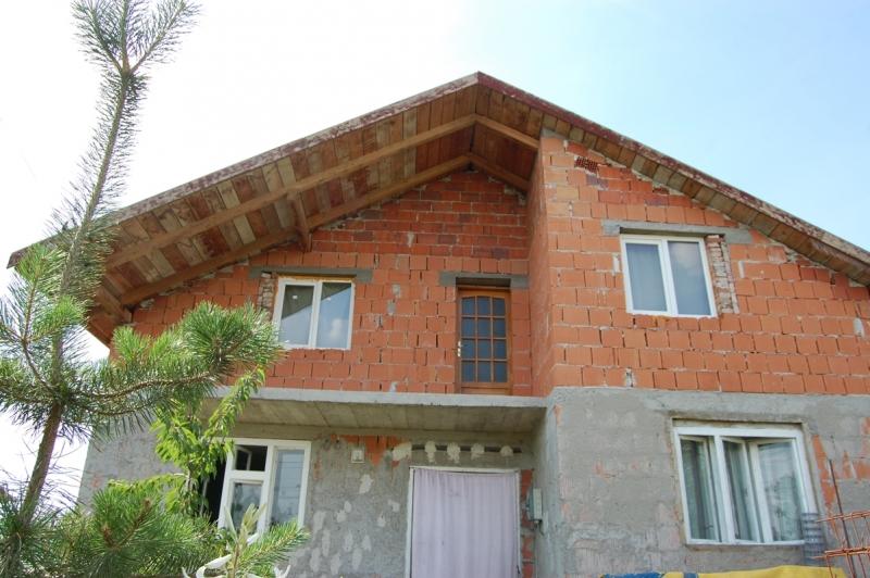 Vand casa noua P+M in Variasu Mare-1