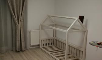 Vand / confectionez / realizez patut / pat Montessori