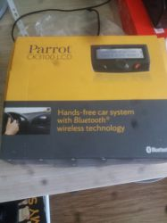Vand hands free auto PARROT CK 3100 LCD