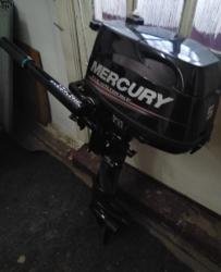 Vând motor MERCURY  4 timpi, 5 cp - Stare impecabilă