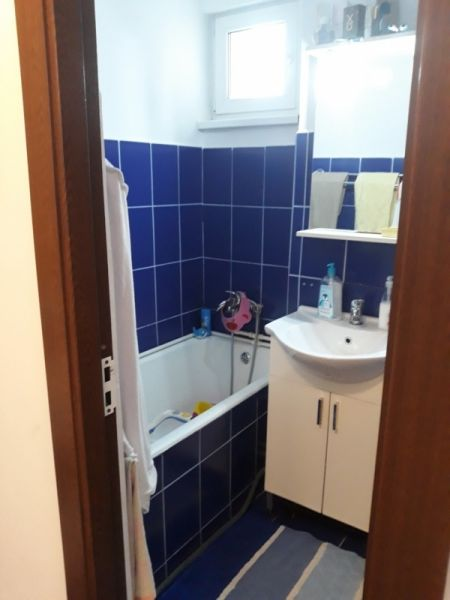 Vand sau schimb apartament in Piatra Neamt cu 2 camere-8