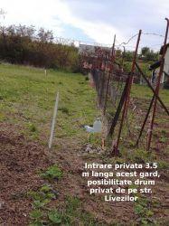 Vând teren intravilan în Oradea, str. Livezilor.