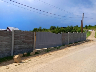 Vând terenuri în Moreni