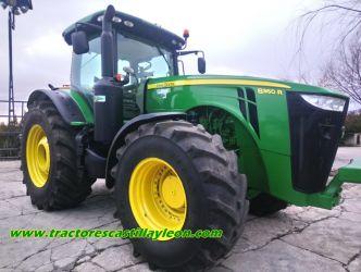 Vând tractor agricol John Deere 8360R. Spania