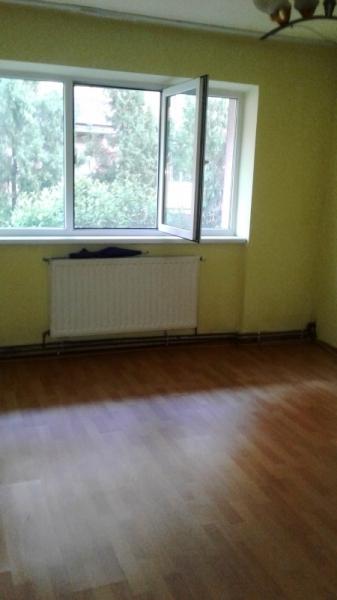 Vand urgent apartament 2 camere in ALBA-IULIA zona CETATE Central-5